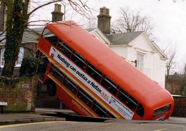 bus_hole